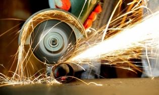 INS: Afacerile din industrie s-au majorat cu 6,2% în primele șase luni