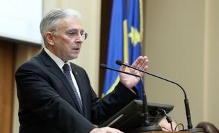 Mugur Isărescu: România a ales calea de mijloc în ceea ce priveşte adoptarea monedei unice; nivelul de convergenţă reală ar fi de 70%-75%