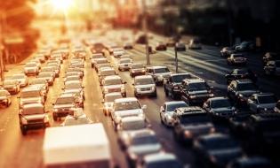 Analiză: Un autovehicul rulat din şase a avut cel puţin o daună în 2019