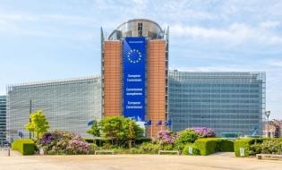 Comisia Europeană propune un fond de relansare economică de 750 miliarde euro
