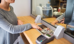 ARB: Băncile au acordat credite noi populaţiei şi companiilor în valoare de 23,1 miliarde de lei, în perioada martie-iunie