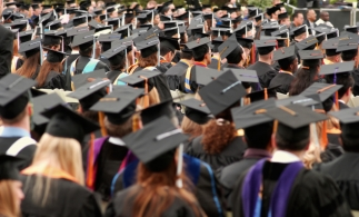 535.200 studenți/cursanți înscriși în învățământul superior în anul universitar 2015-2016