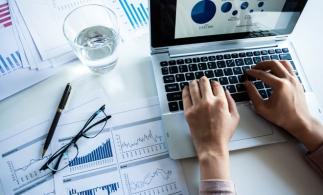 Adaptabilitate și reglementare în contabilitatea bancară