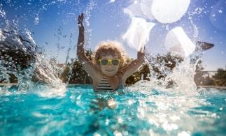 Peste 85% din zonele pentru scăldat din Europa au o calitate excelentă a apei