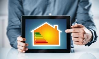 Studiu: Opt companii din zece declară că au o politică de reducere a pierderilor de energie