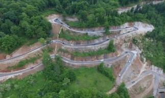 A fost inaugurat cel mai spectaculos drum din Timiș, Transluncani, săpat în munte