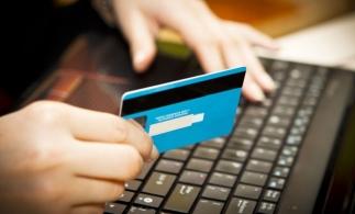 Pași în vederea realizării plăților de la distanță. Hotărârea nr. 285/2020 pentru modificarea și completarea Hotărârii Guvernului nr. 1.235/2010 privind aprobarea realizării Sistemului național electronic de plată online a taxelor și impozitelor utilizând cardul bancar