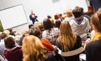 Depunerea jurământului de către absolvenții examenului de aptitudini, la Brăila