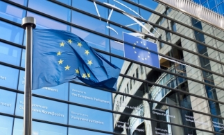 Previziunile economice de toamnă ale CE: în România, PIB-ul va scădea cu 5,2% în 2020 și va crește cu circa 3,3% în 2021, respectiv cu 3,8% în 2022
