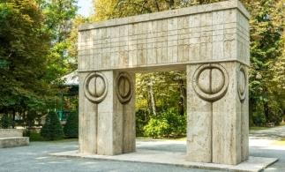 Un regal cultural-artistic pentru noi, toți: Luna Brâncuși