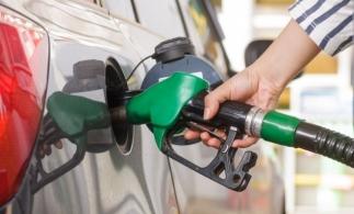 Peste o treime dintre șoferii români utilizează doar carburanți premium