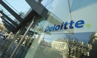 Deloitte: companiile cheltuiesc mai puțin de 5% din venituri pe tehnologie