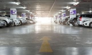 Primul parking semi-îngropat din România care dispune de terasă verde, teren de sport și spațiu de joacă, finalizat la Cluj-Napoca