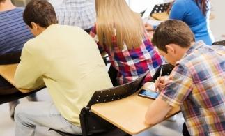 MEC: Linii Telverde destinate informării cu privire la începerea noului an școlar/universitar