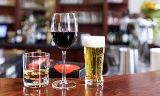 Eurostat: România avea anul trecut cele mai mici preţuri din UE la băuturile alcoolice