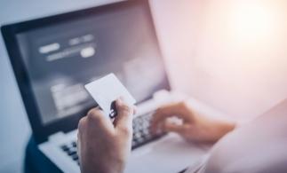 ANCPI introduce sistemul de semnare a documentelor în browser și plata cu cardul în aplicația eTerra