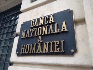 Rezervele valutare administrate de BNR au scăzut în septembrie cu 3,18 miliarde euro