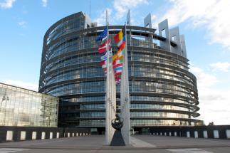 Consiliul UE a adoptat o recomandare vizând coordonarea măsurilor care afectează libera circulaţie, în contextul pandemiei de COVID-19