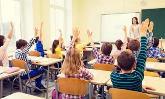 """Legea educaţiei naţionale a fost completată cu măsuri care reglementează implementarea programului """"Școala după școală"""""""