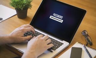 InfoCons: Doar un român din zece nu este de acord să furnizeze date cu caracter personal