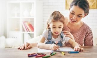 Legea privind acordarea unor zile libere pentru părinţi în situaţia suspendării activităţilor didactice, publicată în Monitorul Oficial