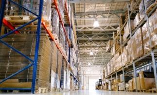 JLL: Livrările de spaţii industriale şi de logistică au fost absorbite aproape integral de cerere