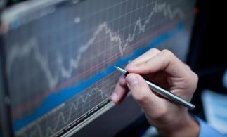 CNSP mizează pe o creştere economică de 4,3% în 2021, o revizuire în jos faţă de ultima prognoză