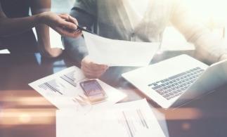 """Consiliul Concurenţei a publicat """"Ghidul privind conformarea cu regulile de concurență de către asociațiile de companii"""""""