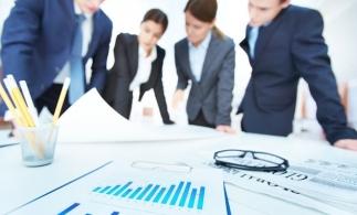 Sondaj: Managerii se aşteaptă la o revenire cu 5% a afacerilor în acest an