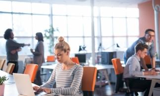BestJobs: O femeie din patru a luat în calcul să renunţe la job în ultimul an din cauza suprasolicitării