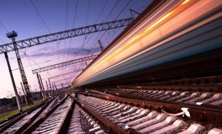 INS: Viteza medie a trenurilor de marfă a crescut cu aproape 43% în 2020; cea a trenurilor de pasageri s-a redus cu 0,6%