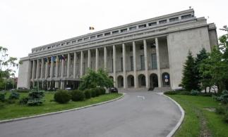 Premierul anunță constituirea unui comitet care să asigure revenirea la normalitate din 1 iunie