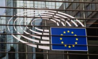 UE intenționează să interzică folosirea inteligenței artificiale pentru supravegherea oamenilor