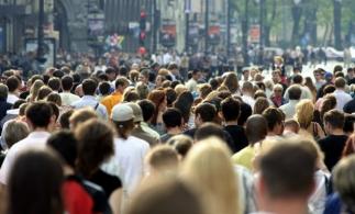 Recensământul populației și locuințelor: salariații care se autorecenzează prin intermediul internetului au dreptul la o zi liberă plătită