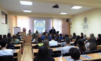 "Filiala CECCAR Bacău – vizita unor elevi de la Colegiul Economic ""Ion Ghica"""