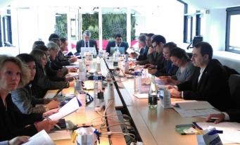 Al XXXIII-lea seminar internațional al țărilor latine Europa-America: Prima bursă franco-latino-americană
