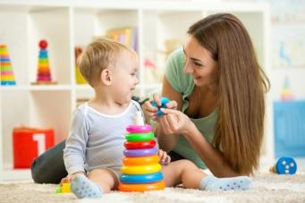 Reglementări privind îngrijirea și supravegherea copilului de către bone