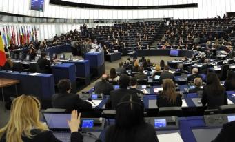 Noi reguli anti-dumping pentru a proteja locurile de muncă și industria UE