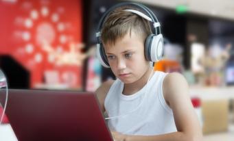 Raport MCSI și UNICEF: Copiii în lumea digitală