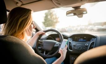 Prima aplicație de chat între participanții la trafic cu înregistrare doar cu numărul de înmatriculare al mașinii