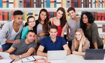 Educație superioară: sisteme naționale de taxare și suport pentru studenți în UE