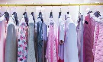 Importurile de articole vestimentare, calculate la 335,3 milioane euro, în România, în 2018