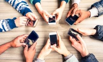 22,7 milioane de utilizatori activi de telefonie mobilă şi 3,66 milioane linii de acces de telefonie fixă, în 2018