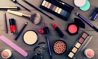 Analiză: Piaţa de cosmetice din România se va apropia de două miliarde de euro în 2019