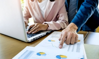 Contabilitatea evenimentelor și tranzacțiilor privind regularizările – cheltuieli și venituri în avans