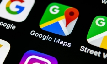 Google Maps va introduce o funcţionalitate de pronunţare a denumirii locurilor și adreselor în limba locală din zona unde se află utilizatorul