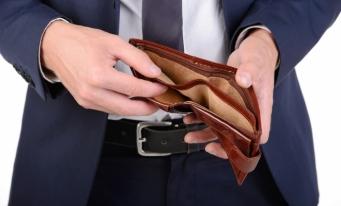 Eurostat: Circa 7% dintre gospodăriile din UE au probleme la plata utilităților