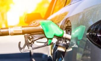 Studiu: Industria reţelelor de alimentare cu carburanţi, afectată puternic de noile tehnologii