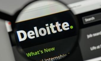Previziunile Deloitte în domeniul tehnologiei pentru 2020: smartphone-uri cu procesor AI, rețele 5G private și vânzări de un milion de roboți pentru companii