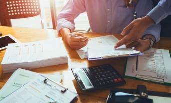 HG nr. 281/2020 pentru aprobarea criteriilor de stabilire a beneficiarilor prevăzuți la art. X alin. (5) din OUG nr. 29/2020 privind unele măsuri economice și fiscal-bugetare, publicată în Monitorul Oficial, Partea I, nr. 296 din 8 aprilie 2020
